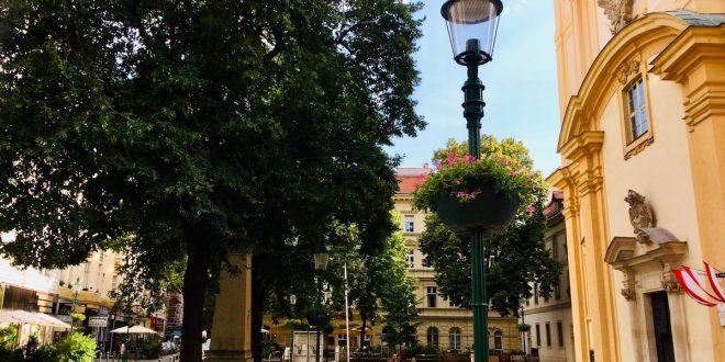 Vienna districts and neighborhoods: Servitenplatz